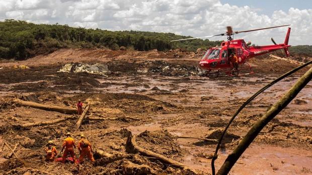 Vỡ đập ở Brazil: Số người chết tăng lên 110, hàng trăm người còn mất tích - Ảnh 1.