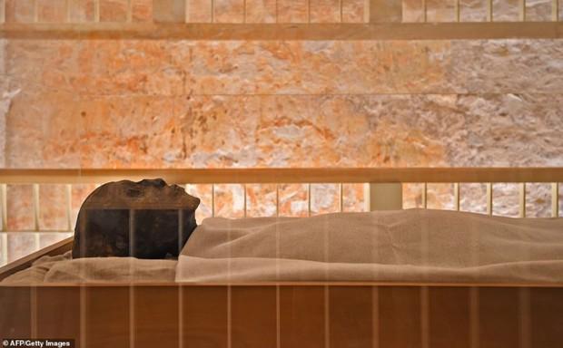 Bên trong hầm mộ bí ẩn của pharaoh nổi tiếng nhất vương triều Ai Cập - Ảnh 1.