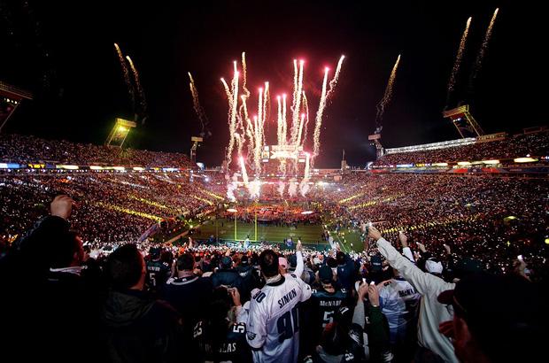 Liệu Super Bowl Maroon 5 sẽ về team hoành tráng của Katy - Gaga - Beyoncé hay rớt đài như Justin Timberlake? - Ảnh 1.