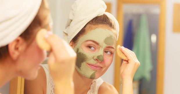 Dù chăm dưỡng da đều đặn hàng ngày nhưng làn da mãi vẫn chẳng đẹp thì có thể là do các nguyên nhân sau - Ảnh 2.