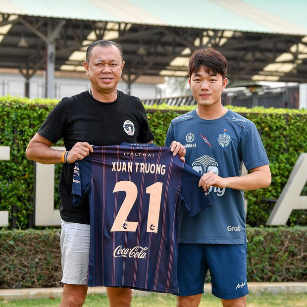 Xuân Trường mặc áo số 21, chính thức ra mắt Buriram United - Ảnh 1.
