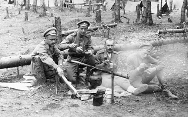 Quân đội Nga đã chống lại chứng nghiện rượu như thế nào? - Ảnh 2.