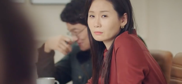 Vỡ oà với năng lực ngoại cảm cực đỉnh của Lee Jong Suk trong Phụ Lục Tình Yêu - Ảnh 5.