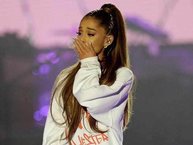 Chuyện gì xảy ra nữa đây: Ariana văng tục khi Cardi B nhận Grammy, sau đó xin lỗi và thả tim tình thương mến thương - Ảnh 6.