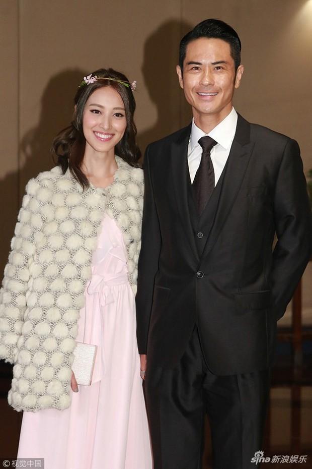 Tiếp tục đến Việt Nam nghỉ dưỡng, Hoa hậu Hong Kong khoe khéo bụng bầu 7 tháng với tài tử Trịnh Gia Dĩnh - Ảnh 1.