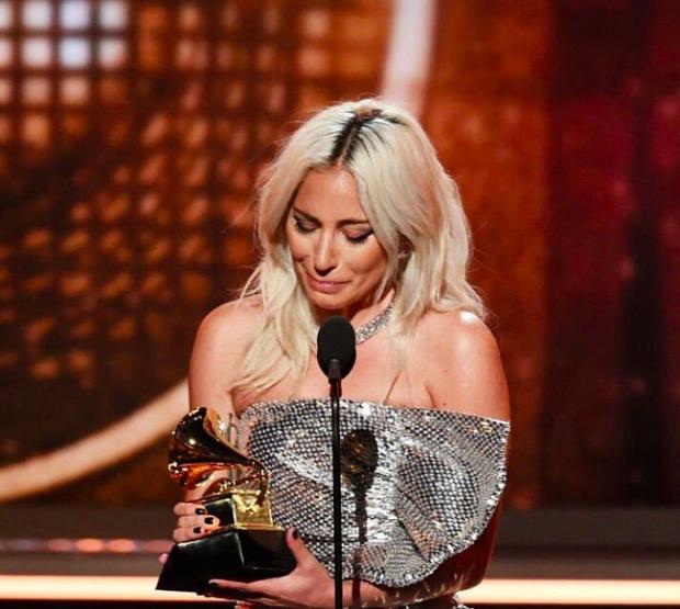 Grammy 2019: BTS gây ấn tượng mạnh, Lady Gaga bật khóc khi thắng đậm, loạt rapper lên ngôi vương - Ảnh 8.