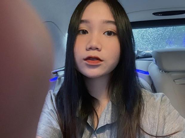 Con gái NSƯT Trịnh Kim Chi: Cô bé da đen mũm mĩm lột xác thành thiếu nữ xinh xắn, cao 1m72 - Ảnh 8.