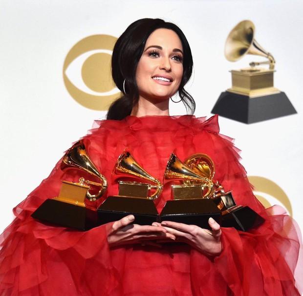 Nhìn lại Grammy 2019: Bầu trời drama, bàn tiệc âm nhạc đẳng cấp và giải thưởng làm cả làng đều vui - Ảnh 13.