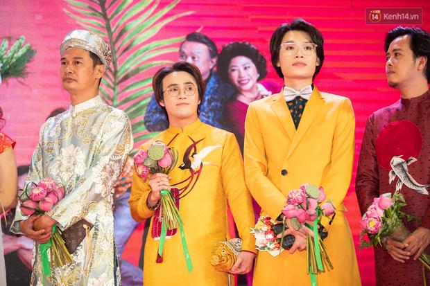 Chị em gái ế Ngọc Trinh - Diệu Nhi nắm tay nhau xúng xính làm cô dâu tại buổi ra mắt Vu Quy Đại Náo - Ảnh 10.