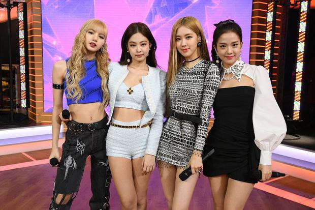 """Đài truyền hình Mỹ bị """"ném đá"""" dữ dội khi để phụ đề Black Pink hát tiếng Nhật - Ảnh 4."""