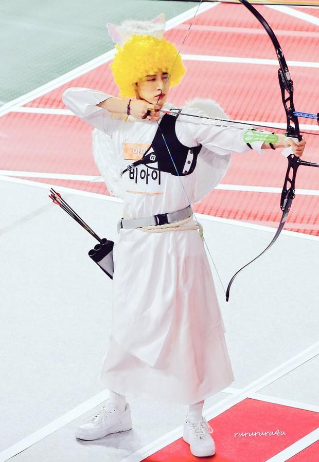 Thánh lầy Eunkwang (BTOB) vs. trai đẹp B.I (iKON): Bạn chọn phiên bản thần tình yêu nào? - Ảnh 2.
