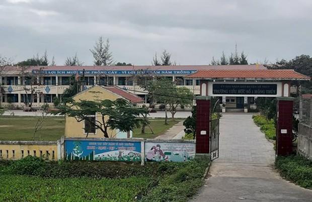 Quảng Bình: Phạt hành chính cô giáo tát học sinh 6 tuổi gây chấn động não - Ảnh 1.