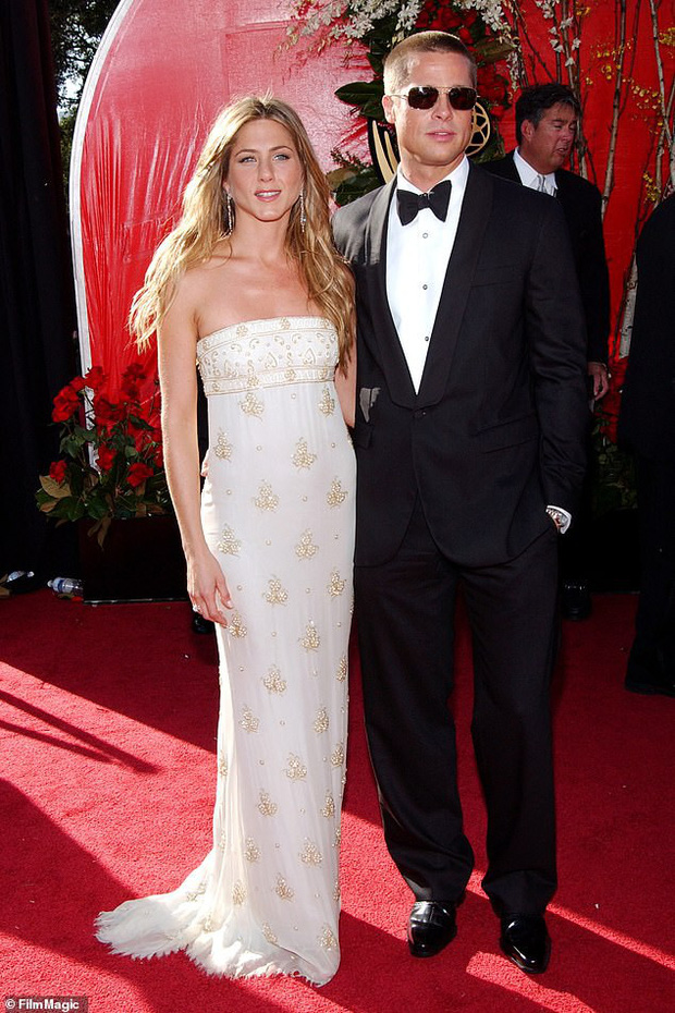 Đây là cách Brad Pitt nối lại quan hệ với vợ cũ Jennifer Aniston ngay từ trước khi chia tay Angelina Jolie - Ảnh 2.