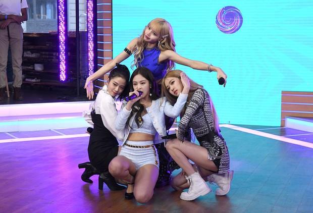 """Đài truyền hình Mỹ bị """"ném đá"""" dữ dội khi để phụ đề Black Pink hát tiếng Nhật - Ảnh 5."""