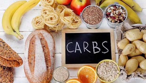 Không phải kiêng tinh bột với những phiên bản lành mạnh của cơm và bánh mì giúp bạn giảm cân - Ảnh 1.