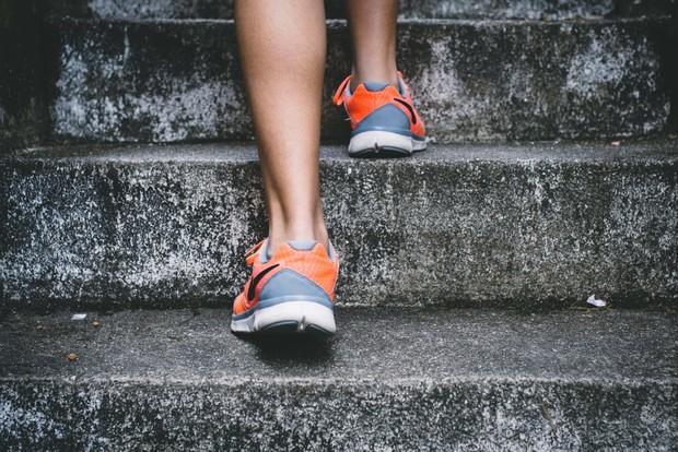 Cẩn thận với những biểu hiện khác thường ở bàn chân đang ngầm cảnh báo sớm bệnh tiểu đường - Ảnh 3.