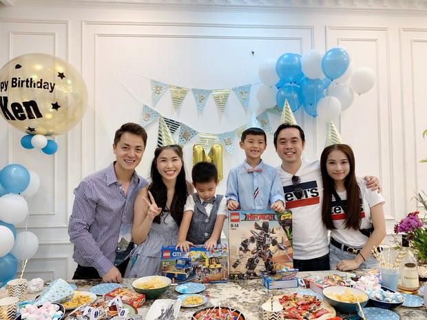 Dương Khắc Linh cùng bạn gái đến tiệc mừng quý tử nhà Đăng Khôi - Thủy Anh tròn 7 tuổi - Ảnh 1.