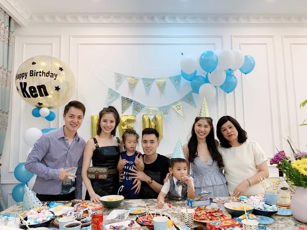 Dương Khắc Linh cùng bạn gái đến tiệc mừng quý tử nhà Đăng Khôi - Thủy Anh tròn 7 tuổi - Ảnh 2.