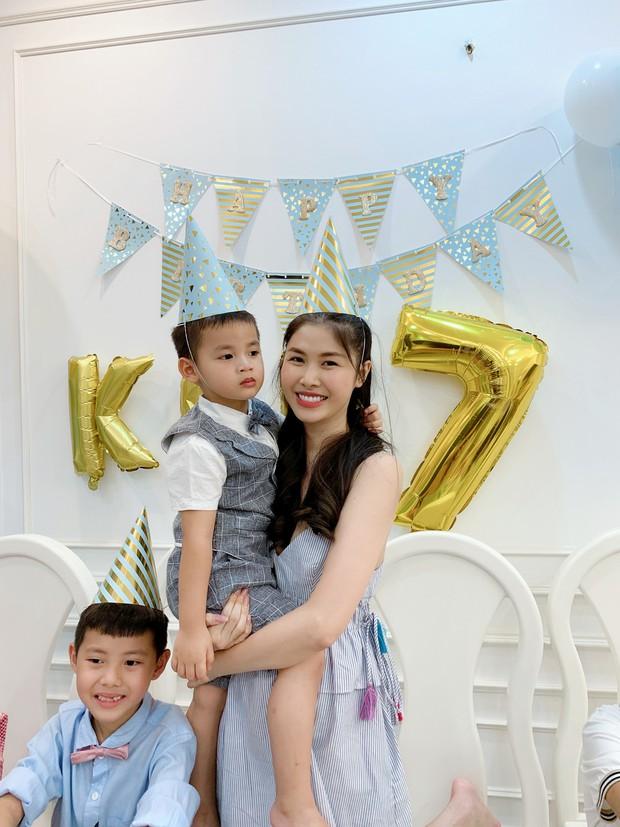 Dương Khắc Linh cùng bạn gái đến tiệc mừng quý tử nhà Đăng Khôi - Thủy Anh tròn 7 tuổi - Ảnh 7.
