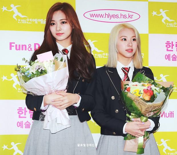 Tìm ra nữ thần, nam thần của trường trung học nghệ thuật nổi tiếng xứ Hàn: Thì ra là mỹ nhân đẹp nhất thế giới! - Ảnh 2.