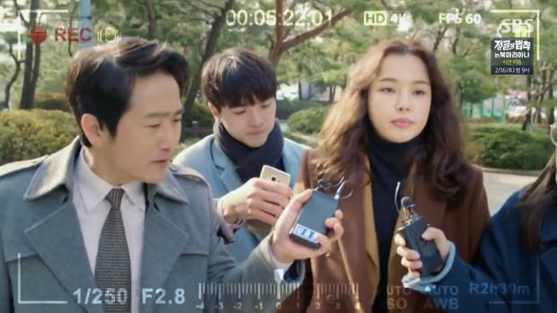 """Ngắm xì tai độc lạ của Hoa hậu đẹp nhất Hàn Quốc trong """"The Fiery Priest"""", đảm bảo đủ vitamin cười cho cả tuần! - Ảnh 3."""