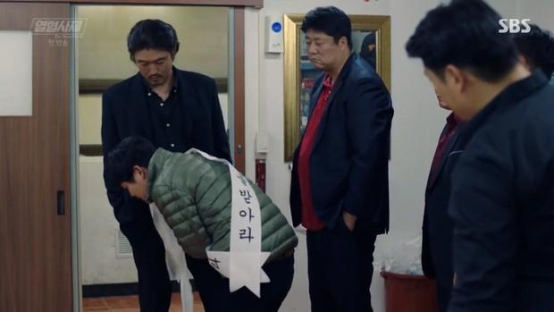 """Ngắm xì tai độc lạ của Hoa hậu đẹp nhất Hàn Quốc trong """"The Fiery Priest"""", đảm bảo đủ vitamin cười cho cả tuần! - Ảnh 20."""