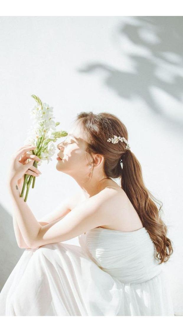 Dân tình chia phe tranh luận: Đi đám cưới nên mặc đồ thanh lịch vừa phải hay cần lộng lẫy xinh đẹp hết mức? - Ảnh 3.