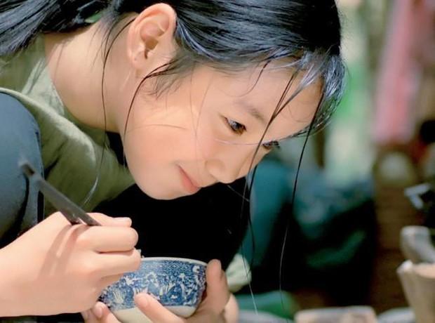 Điểm danh những lần món ăn dân tộc tỏa sáng trong phim ảnh Việt Nam - Ảnh 3.