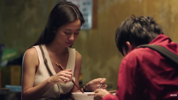 """Jun Vũ gặp sự cố đỏ mặt, """"cởi tuốt tuồn tuột"""" trước mặt HLV The Face gốc Việt trong phim Thái """"Wolf"""" - Ảnh 7."""