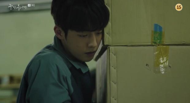 Đã quen với một Nam Joo Hyuk soái khí ngời ngời, có ai ngờ anh chàng lại tả tơi thế này trong Dazzling - Ảnh 5.