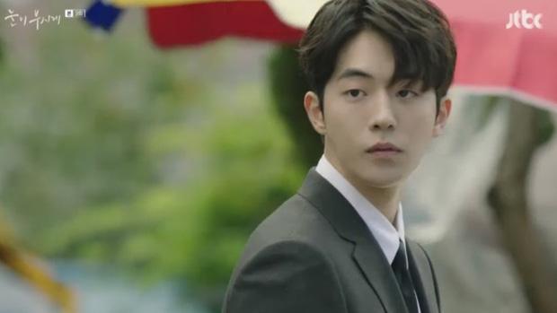 Đã quen với một Nam Joo Hyuk soái khí ngời ngời, có ai ngờ anh chàng lại tả tơi thế này trong Dazzling - Ảnh 10.