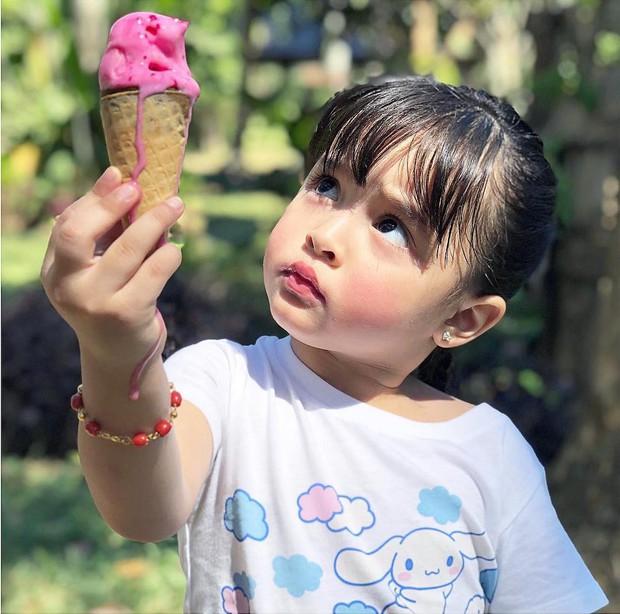 Mỹ nhân đẹp nhất Philippines mở tiệc đón con thứ 2, dân tình chỉ dán mắt vào nhan sắc cực phẩm của bé gái đầu lòng - Ảnh 7.