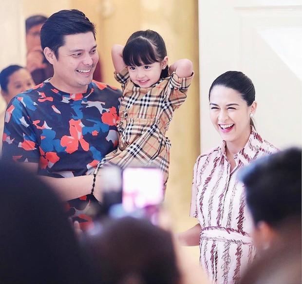 Mỹ nhân đẹp nhất Philippines mở tiệc đón con thứ 2, dân tình chỉ dán mắt vào nhan sắc cực phẩm của bé gái đầu lòng - Ảnh 5.
