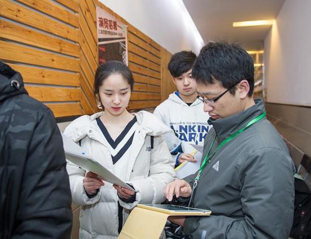 Đấu trường nhan sắc của dàn minh tinh tương lai tại kỳ thi nghệ thuật lớn nhất Châu Á - Ảnh 22.