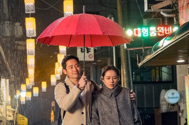 Bạn có nhận ra các 'noona' trong phim Hàn, từ 'Chị Đẹp' đến 'Encounter' và 'Phụ Lục Tình Yêu' đều giống nhau đến kỳ lạ - Ảnh 8.