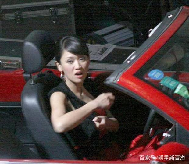 Dàn diễn viên Độc Cô Hoàng Hậu: Trần Kiều Ân bị đồn ngủ với trai trẻ, Hạ Tử Vy khai gian tuổi tác - Ảnh 6.