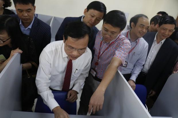 Các trường Đại học ở Việt Nam đua nhau khoe độ chất về đầu tư công nghệ, chả trường nào kém trường nào - Ảnh 4.
