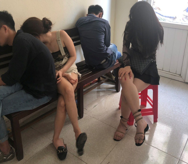 Bắt quả tang nhóm 5 thanh niên nam nữ thuê khách sạn để phê ma túy ở Đà Nẵng - Ảnh 1.