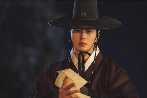 So kè nam chính phim Hàn hiện tại: Nam thần đình đám kém đột phá, diễn viên trẻ lại gây bất ngờ - Ảnh 14.
