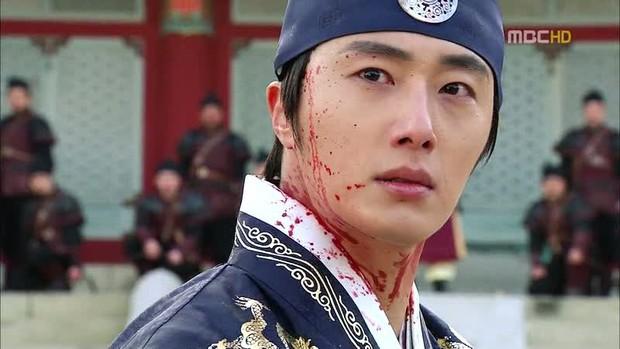 So kè nam chính phim Hàn hiện tại: Nam thần đình đám kém đột phá, diễn viên trẻ lại gây bất ngờ - Ảnh 13.