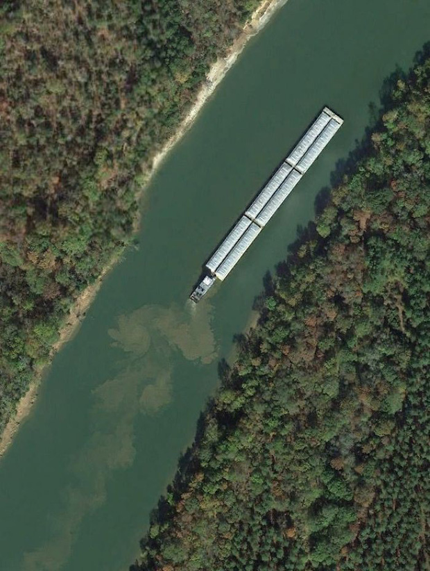 Không cần đi du lịch, Google Earth sẽ giúp bạn khám phá vẻ đẹp muôn màu của trái đất nhìn từ vệ tinh - Ảnh 10.