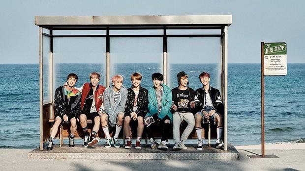 Top 10 ca khúc của idol Kpop trụ BXH lâu nhất: BTS chiếm sóng, Wanna One có thứ hạng cao bất ngờ - Ảnh 1.