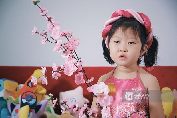 Clip: Đầu năm gặp gỡ cô bé có khuôn mặt hờn cả thế giới của Nhanh như chớp nhí! - Ảnh 2.