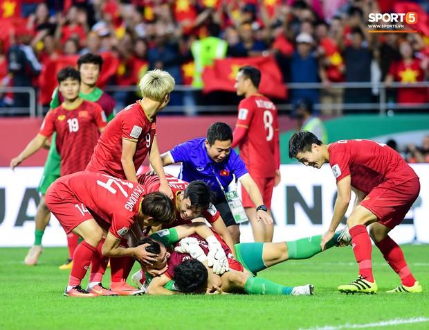 Tết cận kề, tuyển thủ Việt Nam chưa nhận được tiền thưởng sau AFF Cup 2018 và Asian Cup 2019 - Ảnh 1.