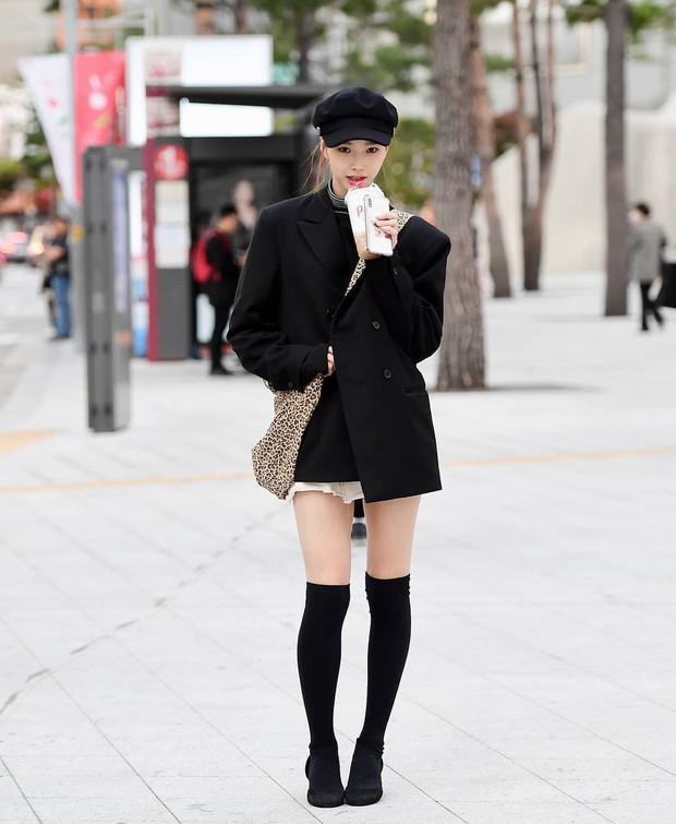 Street style giới trẻ Hàn tuần qua: nữ tính, cá tính, chất chơi chiêu nào cũng có và đều đẹp ngất ngây - Ảnh 3.
