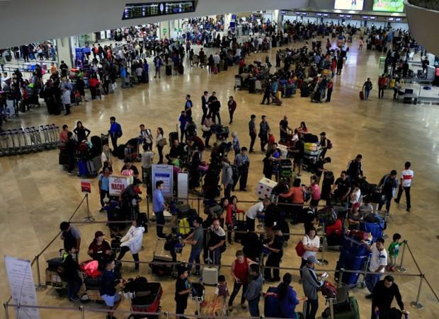 Sân bay quốc tế ở Australia bị phong tỏa sau đe dọa đánh bom  - Ảnh 1.
