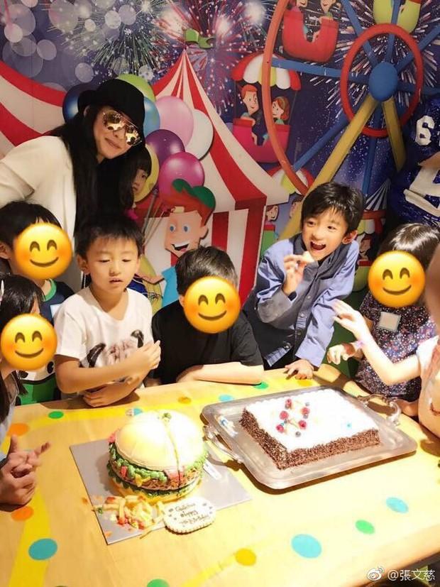 Những đứa con đẹp như thiên thần của dàn sao châu Á: Không ít bé lớn lên trong hoàn cảnh gia đình tan vỡ - Ảnh 27.