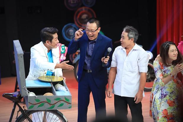 NSND Hồng Vân thẳng thừng từ chối Lý Hùng, khen chồng trên sóng truyền hình - Ảnh 7.