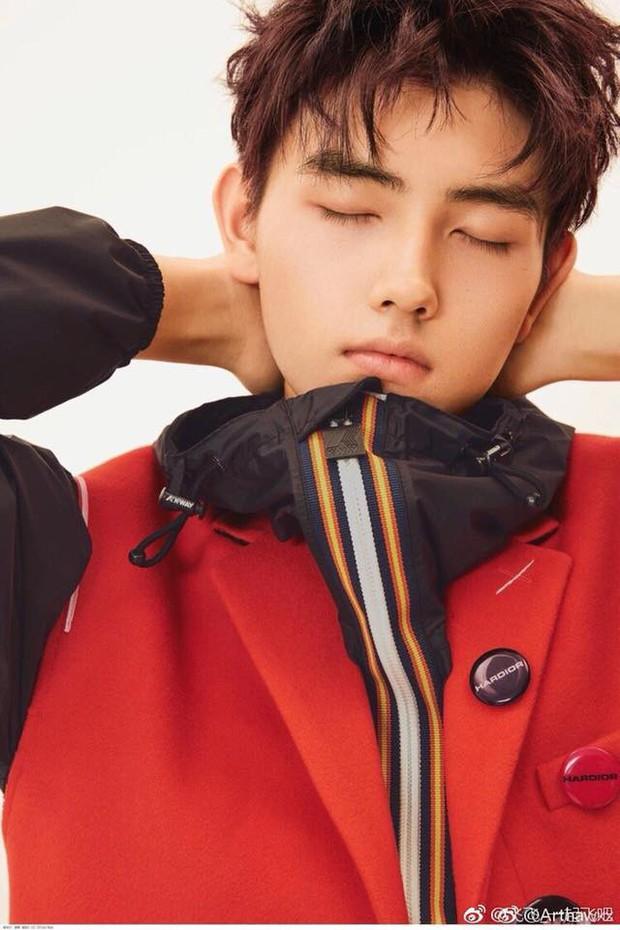 Trần Phi Vũ - quý tử nhà đạo diễn Trần Khải Ca: Điển trai, áp đảo cả Song Joong Ki, thành đại sứ Dior khi mới 16 tuổi - Ảnh 10.