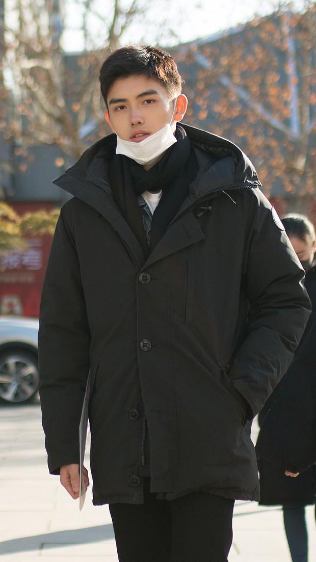 Trần Phi Vũ - quý tử nhà đạo diễn Trần Khải Ca: Điển trai, áp đảo cả Song Joong Ki, thành đại sứ Dior khi mới 16 tuổi - Ảnh 1.